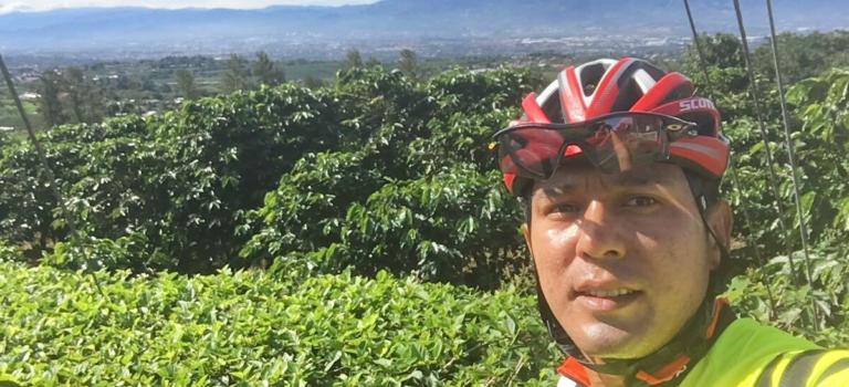 Pura vida en bicicleta !